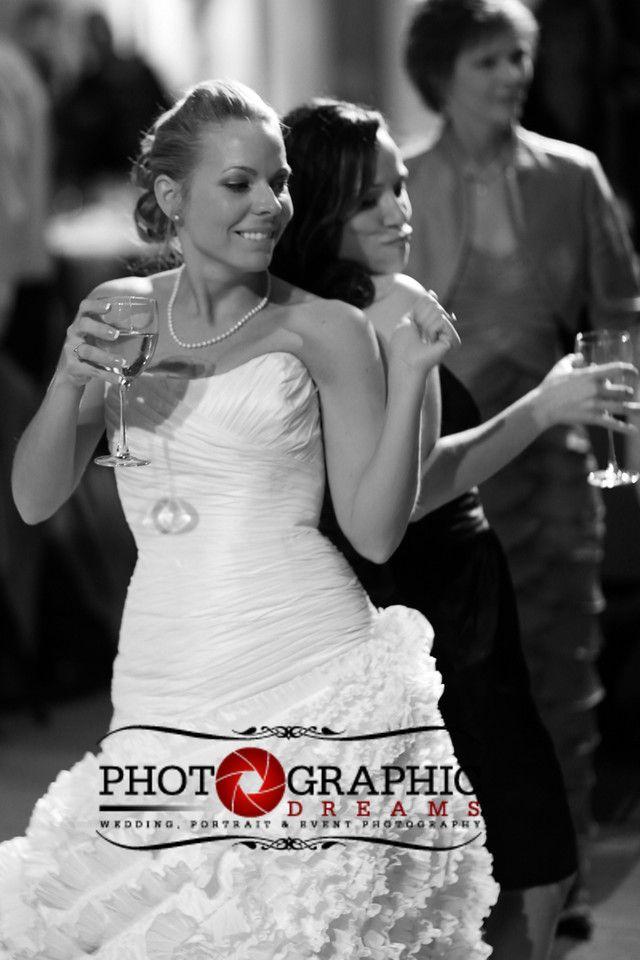 © Photographic Dreams Michael Keyes, chateau morrisette weddings, wedding ideas, chateau morrisette wedding photography, blue ridge parkway wedding photographers