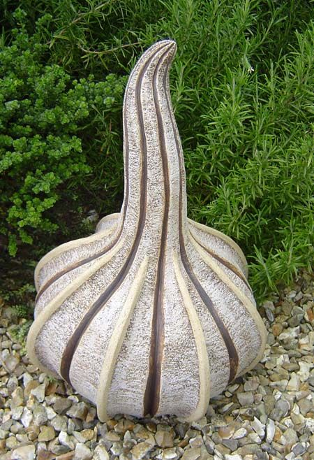 Pin By Louise Smithson On Ceramics Garden Art In 2018 Pinterest Sculpture And