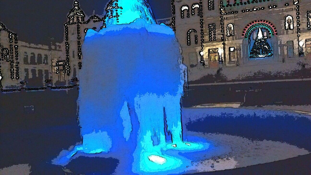 Frozen Fountain Victoria BC, Legislative Buildings #2