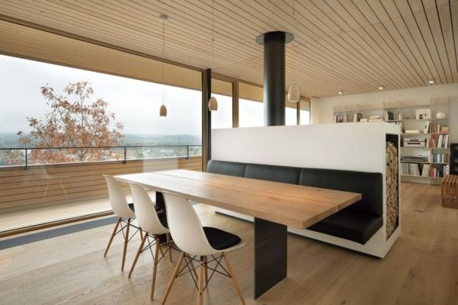 hanghaus weinfelden holz material kachelofen raumteiler | Hausbau ...