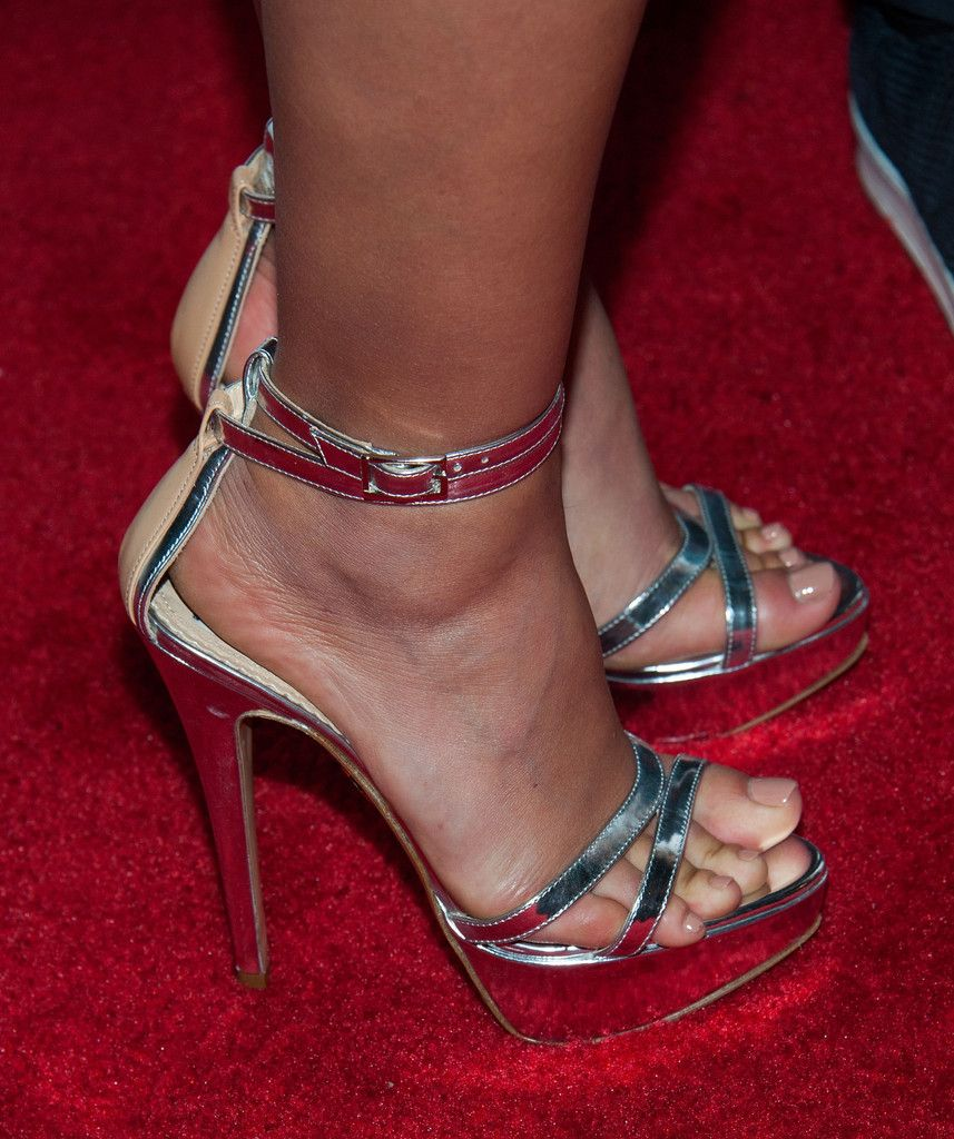 Morena Baccarins Feet