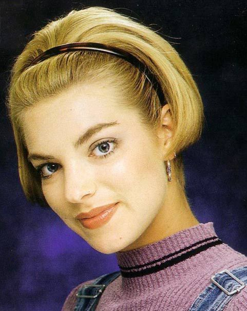 90s Short Hairstyle With Images 90s Hairstyles Short Hair