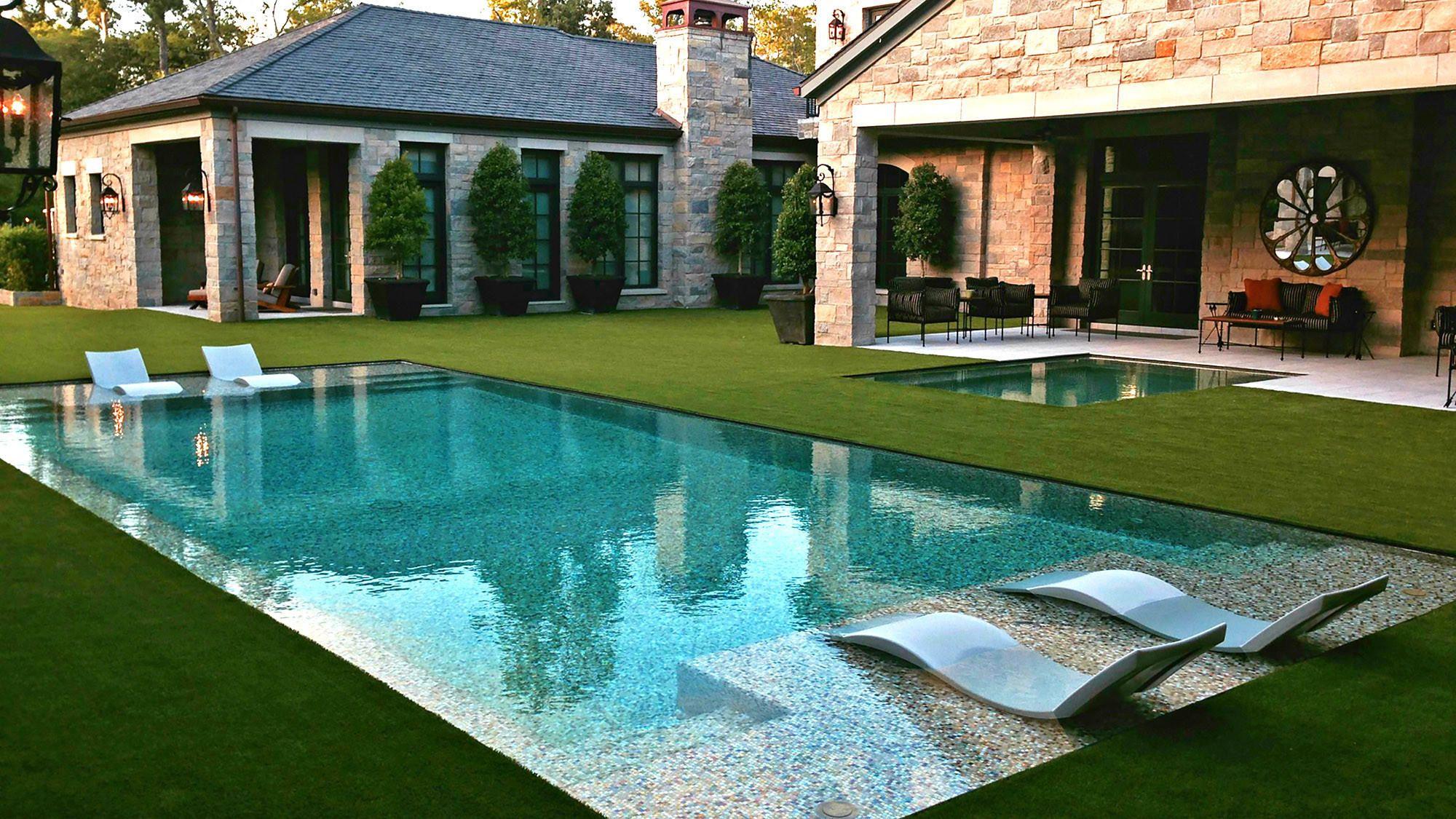 Grass Edge Peekaboo Refresh Your Backyard With The Latest Pool