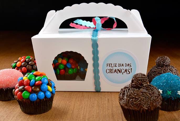 Cupcakes para o Dia das Crianças - via Cupcakeria
