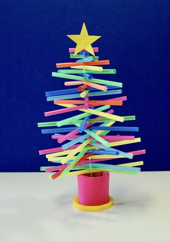 How to Make a Plastic-Straw Christmas Tree