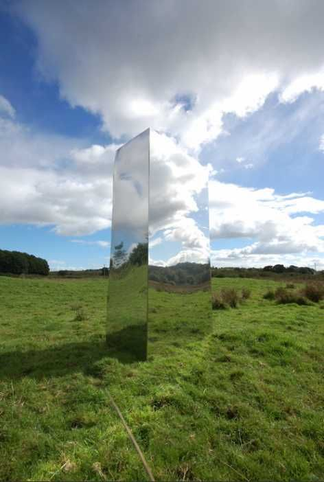 Rob Mulholland Mirror Installations This One S Called Cloud Catcher Inspiration Art Installations In 2019 Reflective Sculpture Environmental Art La