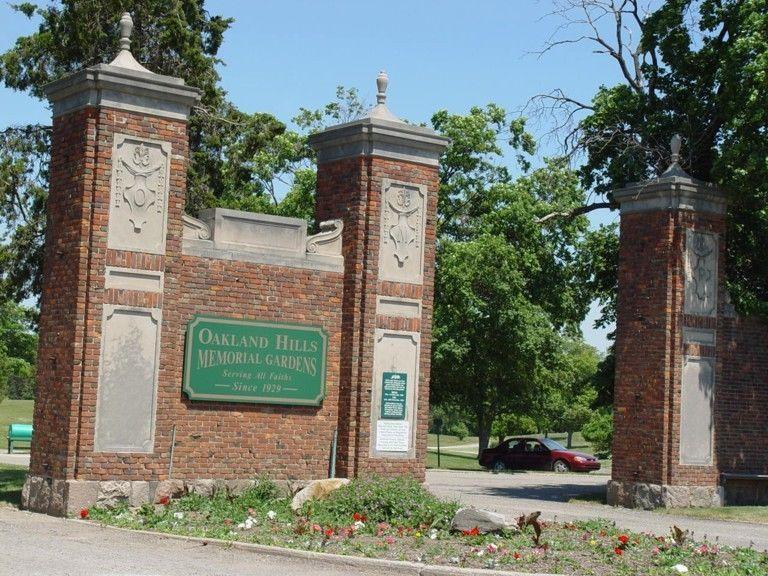 2 Oakland Hills Memorial Gardens Cemetery Burial Plots