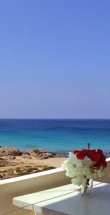 Falassarna beach: Yellow & Turquoise