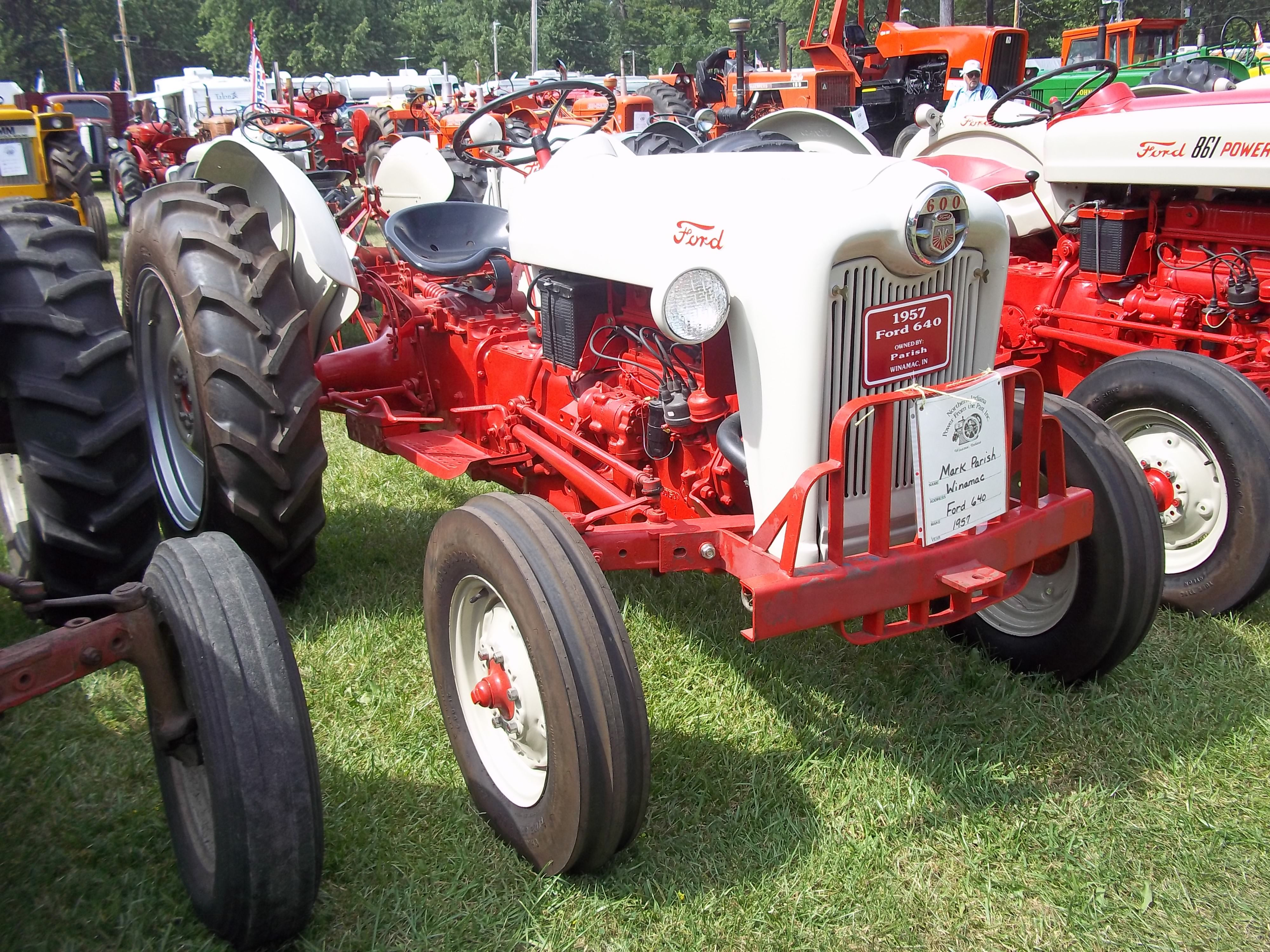 Old Ford Diesel Tractors : S ford tractor tractors equipment pinterest