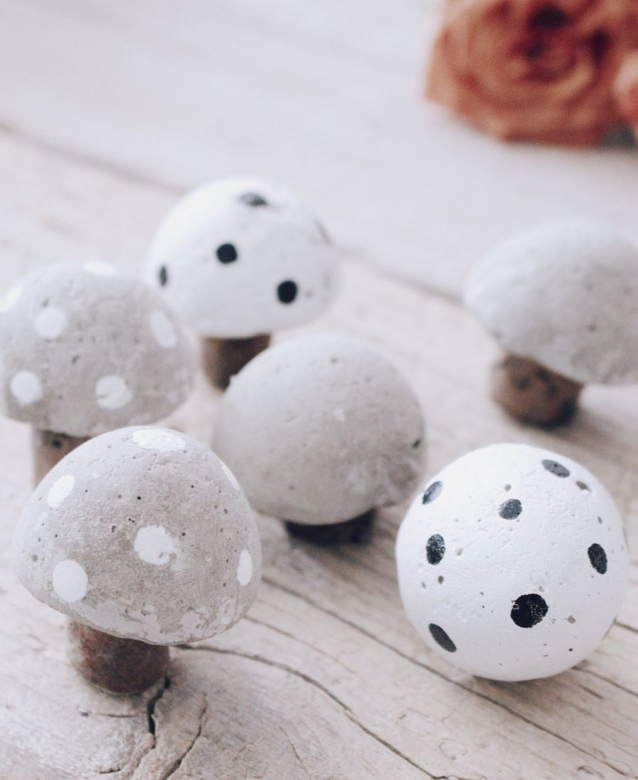 Photo of DIY mushrooms made of concrete – creative and simple craft idea with concrete