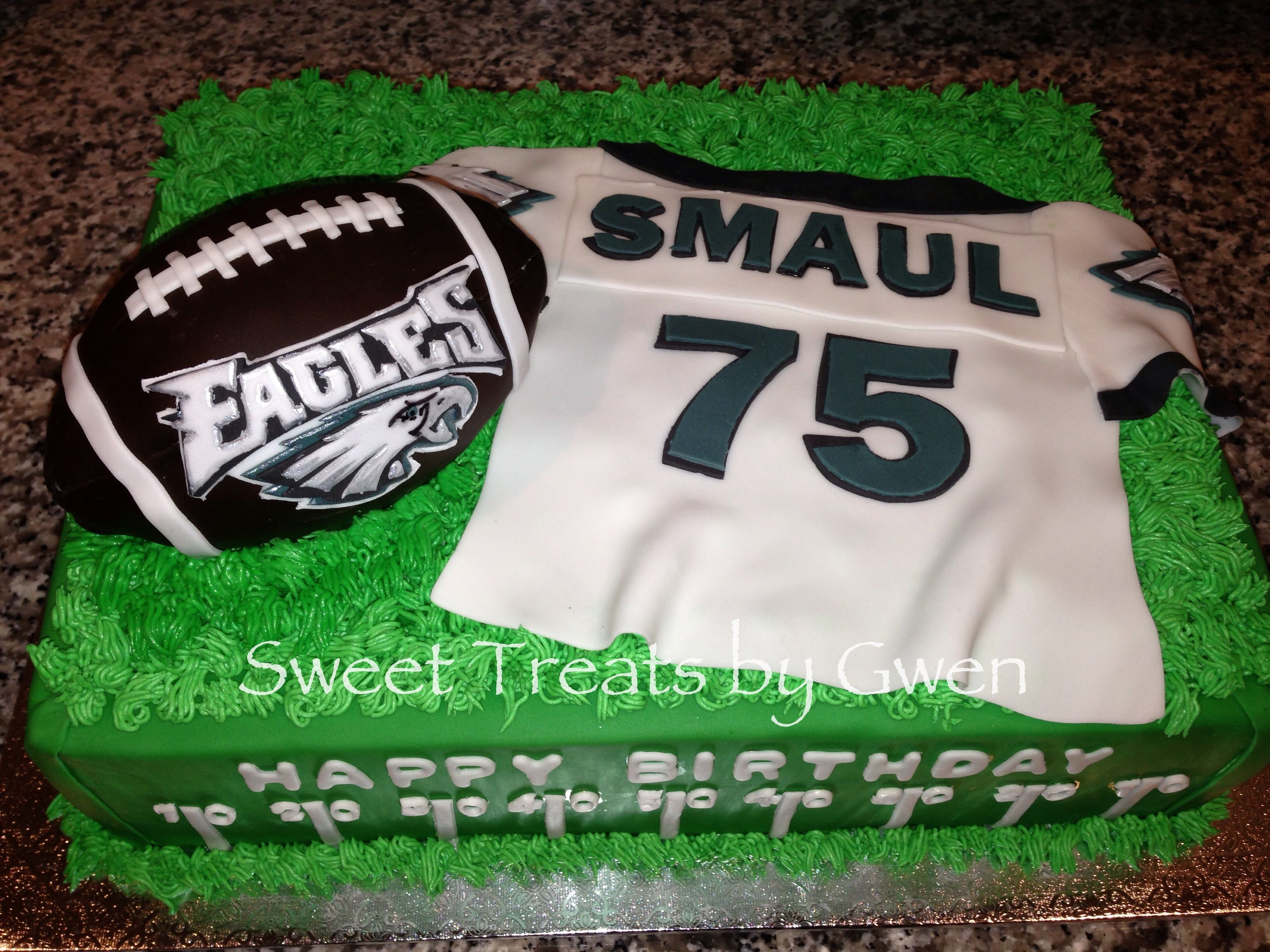 Astonishing Philadelphia Eagles Cake Fondant Personalized Jersey Football Is Funny Birthday Cards Online Overcheapnameinfo