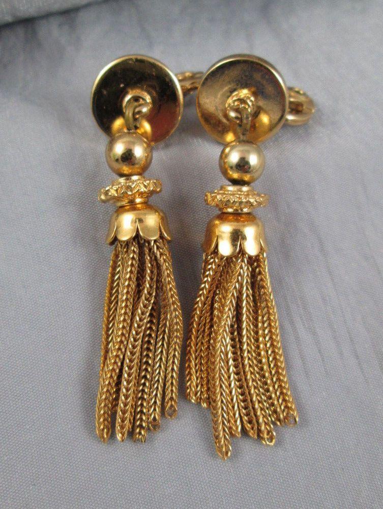 Vintage Monet Clip Earrings Swingy Chain Tel Gold Tone Dropdangle