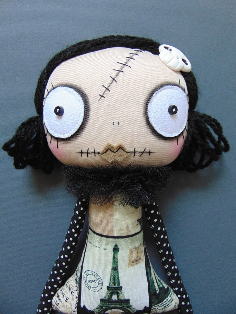 Pin by Naiara Ferrarin on Art dolls in 2021   Rag dolls ...