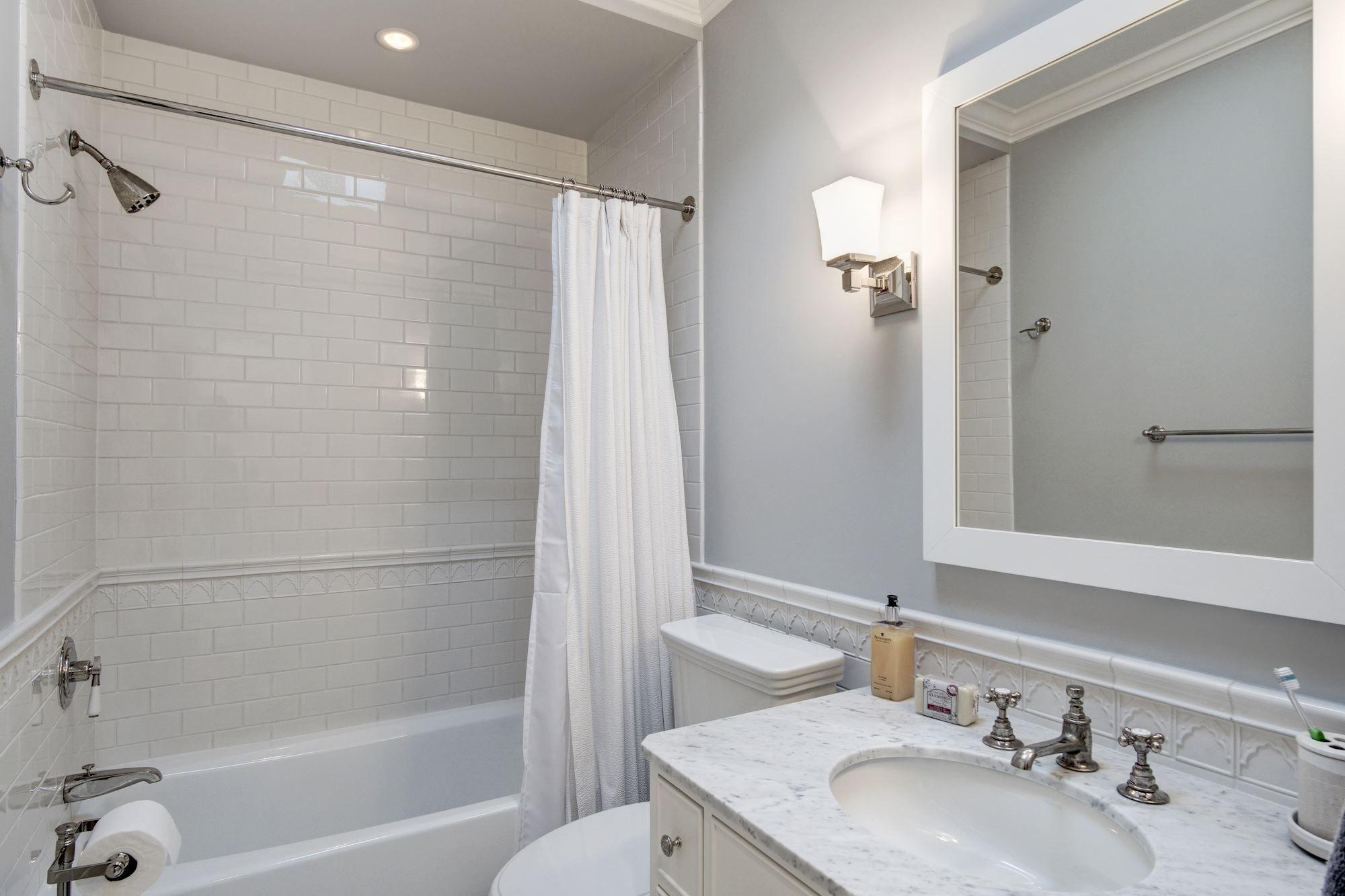 Bathroom 2 Bathroom Lighted Bathroom Mirror Heating Systems