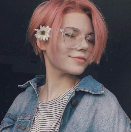 Best Hairstyles For Girls With Glasses Life Ideas Hair Styles Short Hair Styles Cool Hairstyles