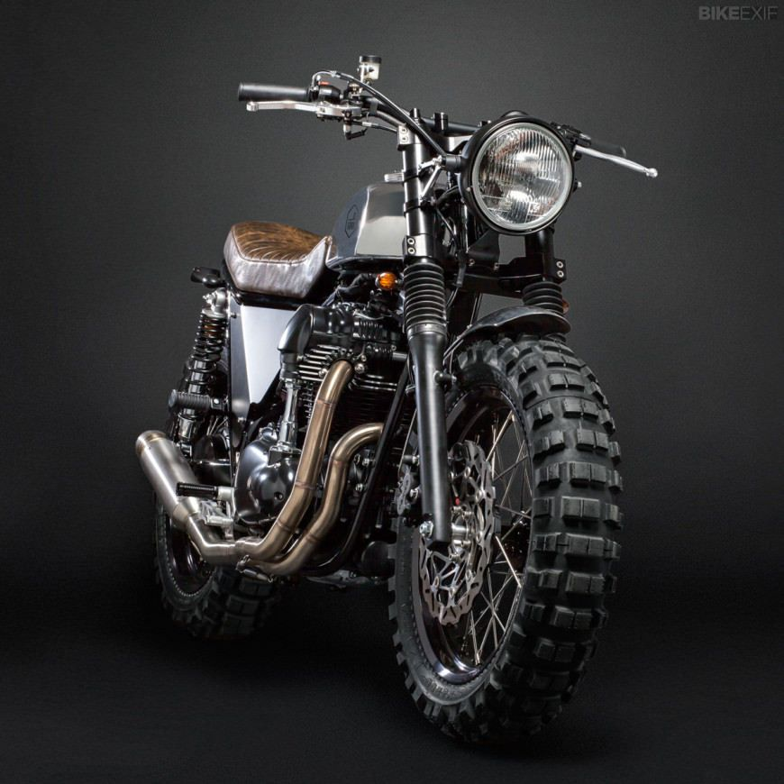 three ways to customize the kawasaki w800 italian style scrambler custom motorcycles and. Black Bedroom Furniture Sets. Home Design Ideas