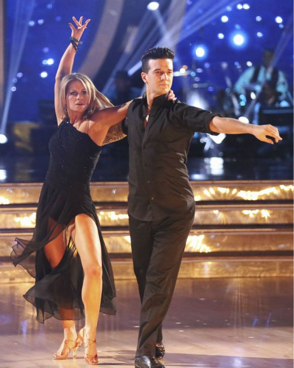 Week 2 Candace Mark Danced A Rumba Candace Cameron Bure Candace Cameron Dancing With The Stars