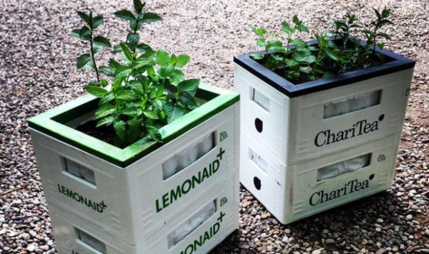 urban gardening mit lemonaid charitea upcycling diy. Black Bedroom Furniture Sets. Home Design Ideas