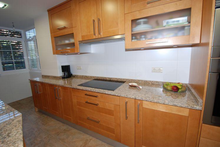 Cocinas dise o de cocinas en barrio del pilar madrid - Cocinas de diseno en madrid ...