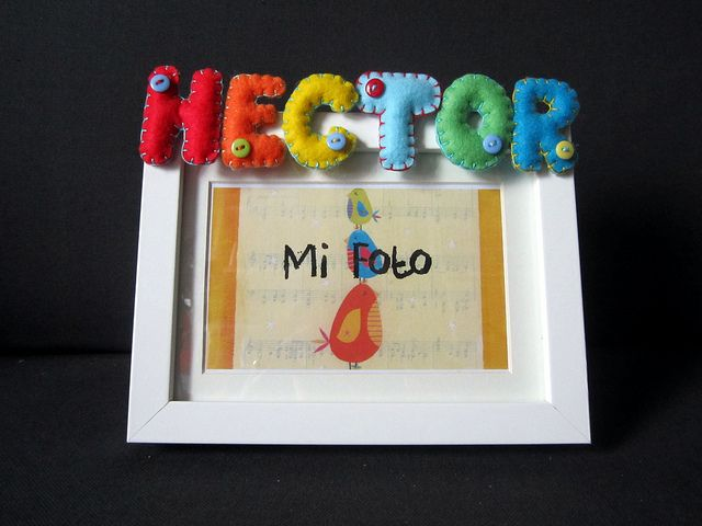 Marco de fotos co nombre en fieltro: Hector by ChikiPol