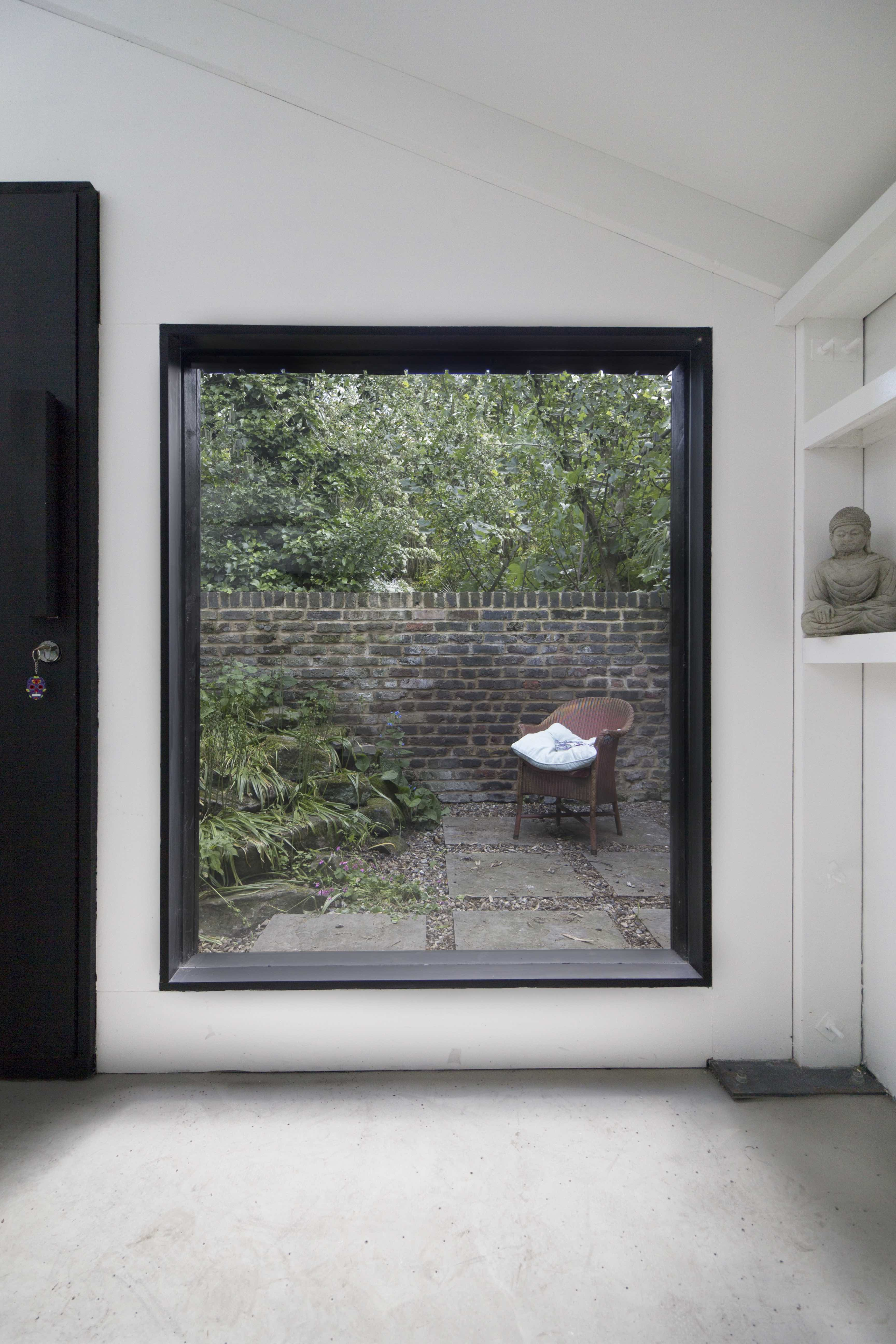 Find your ideal home design pro on designfor-me.com - get matched and see who's interested in your home project. Click image to see more inspiration from our design pros Design by Benedetta, architect from Hackney, London #architecture #homedesign #modernhomes #homeinspiration #extensions #extensiondesign #extensioninspiration #extensionideas #houseextension #glazing #architecturalglazing #naturallight #architecturedetails
