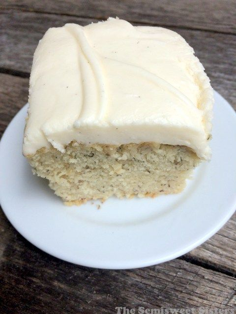 The Best Banana Cake with Cream Cheese Frosting #creamcheesefrosting