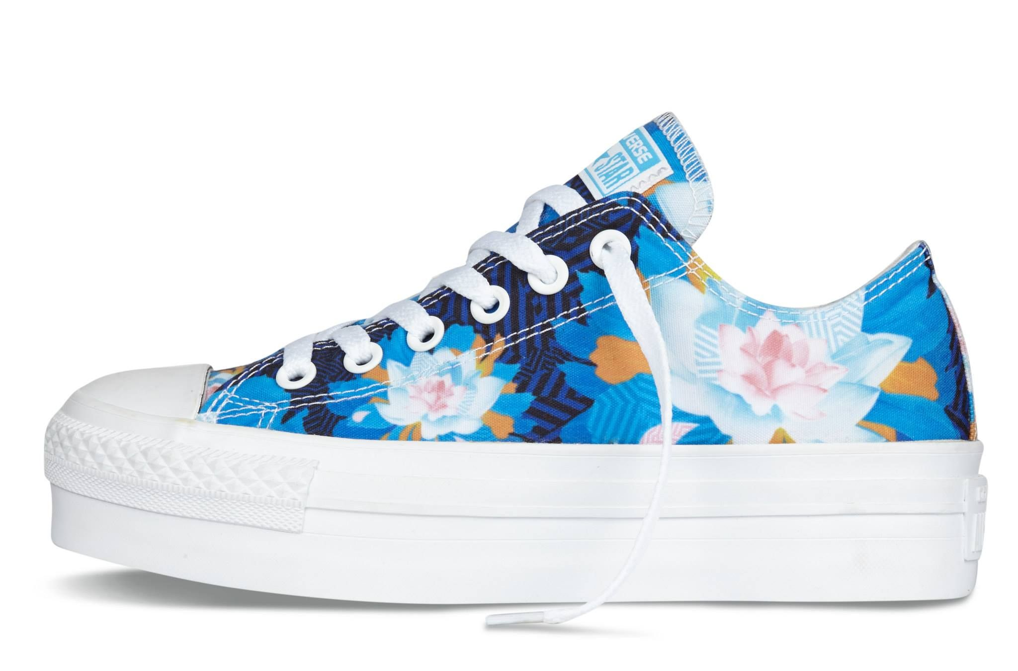Converse Chuck Taylor All Star Floral Women s Low-Top Platform Sneaker  Malibu Blue 545340C 116e473ca