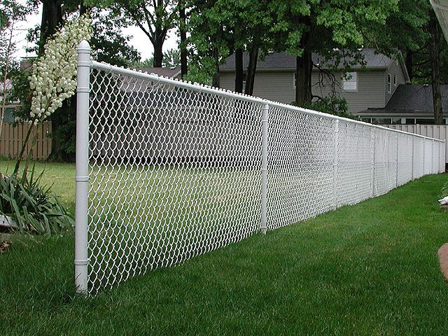 White Chain Link Fence Provided By Hurricane Fence Company Painted Chain Link Fence Black Chain Link Fence Chain Link Fence Cover