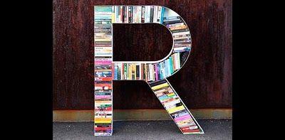 Tänker mig en bokhylla hemma där man kan byta böcker med varandra. A som Antonsson. #READ #bokhylla