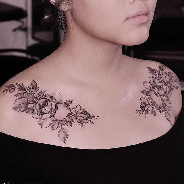Tattoos Both On Shoulder Blades Roses Front Shoulder Tattoos Shoulder Tattoo Quotes Shoulder Tattoos For Women