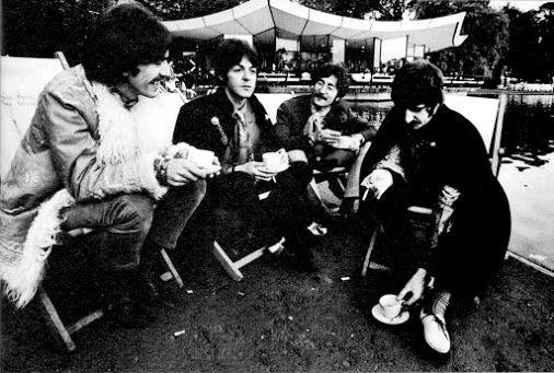 1967 Tea Time!! ☕