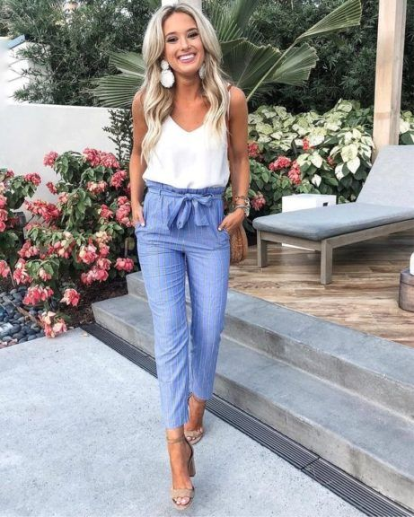 22 Trendy Summer Business Casual Outfits glamsugar.com #businesscasualoutfitsforwomen