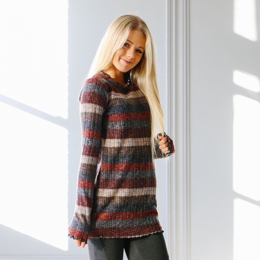 Castle Pines Stripe Sweater | Called To Surf