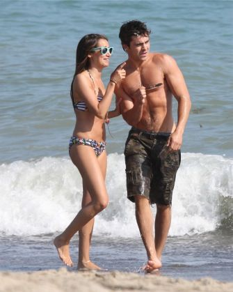 Ashley tisdale zac efron dating 2011