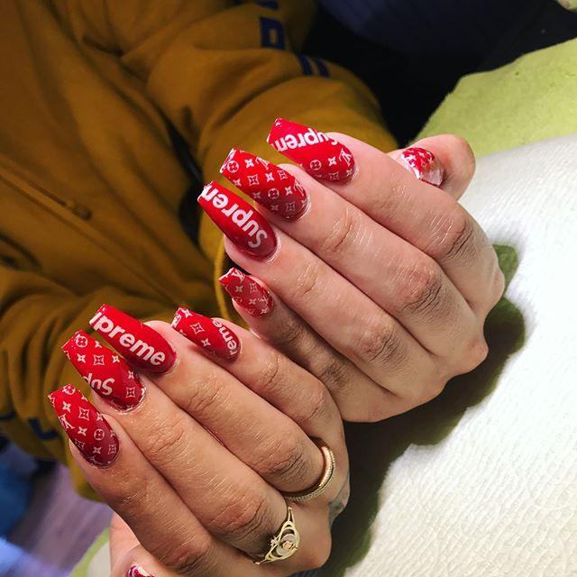 Supreme LV Nails by @aliyawrays Okkkkk❤❤❤ | Nails | Pinterest ...