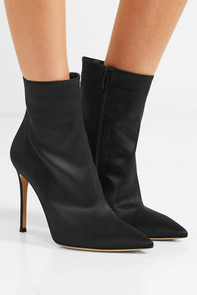 Arles 100 Satin Ankle Boots - Black Gianvito Rossi CR5GzMaC
