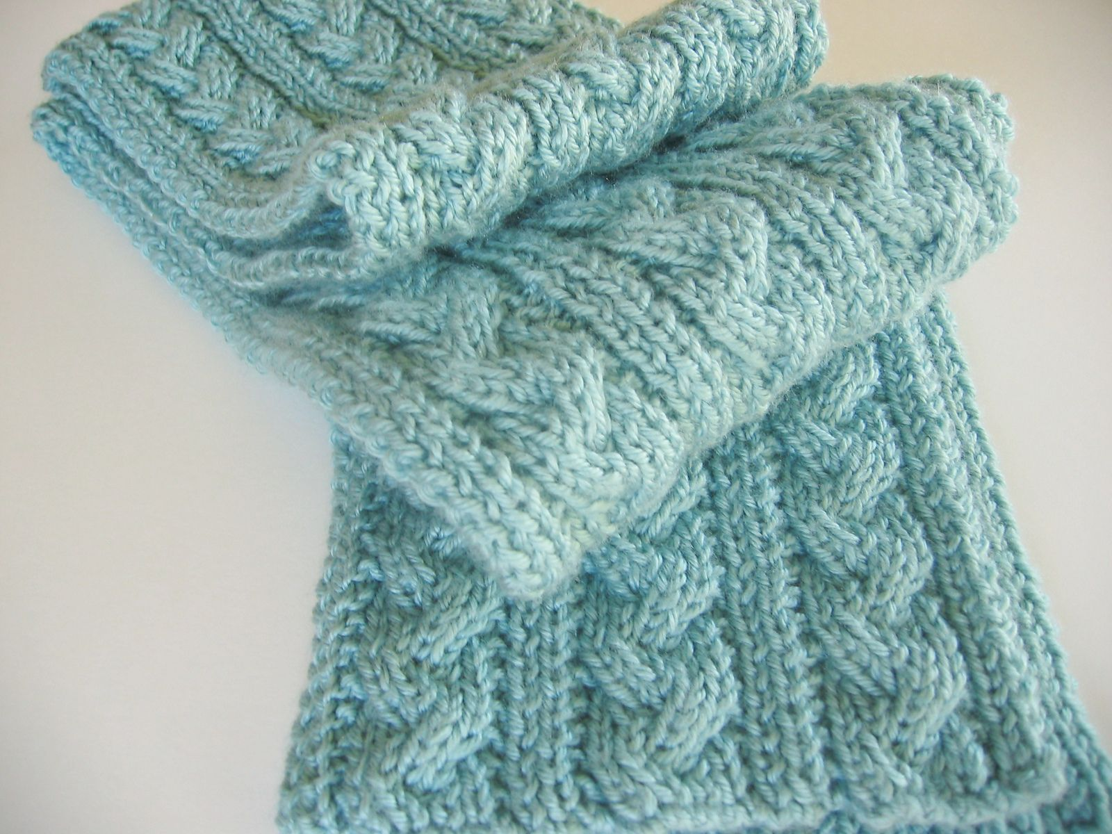 Ravelry: Braid Cable Reversible Hiking Scarf by Jeanna Quinones ...