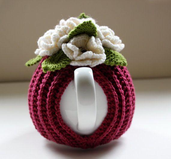 Jardín de flores acogedor de té en pura lana Merino por taffertydesigns
