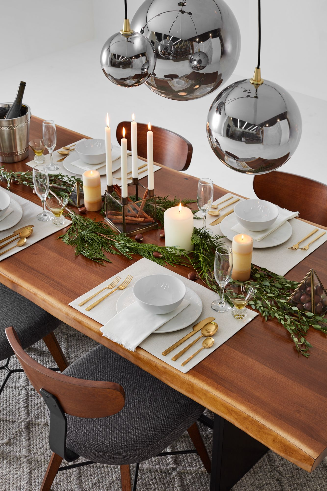 Navros Luxury Dining Room Luxury Dining Festive Tables