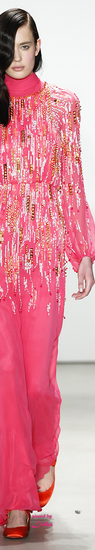 Jenny Packham Fall 2016 Ready-to-Wear~pinned by Linka Crosby