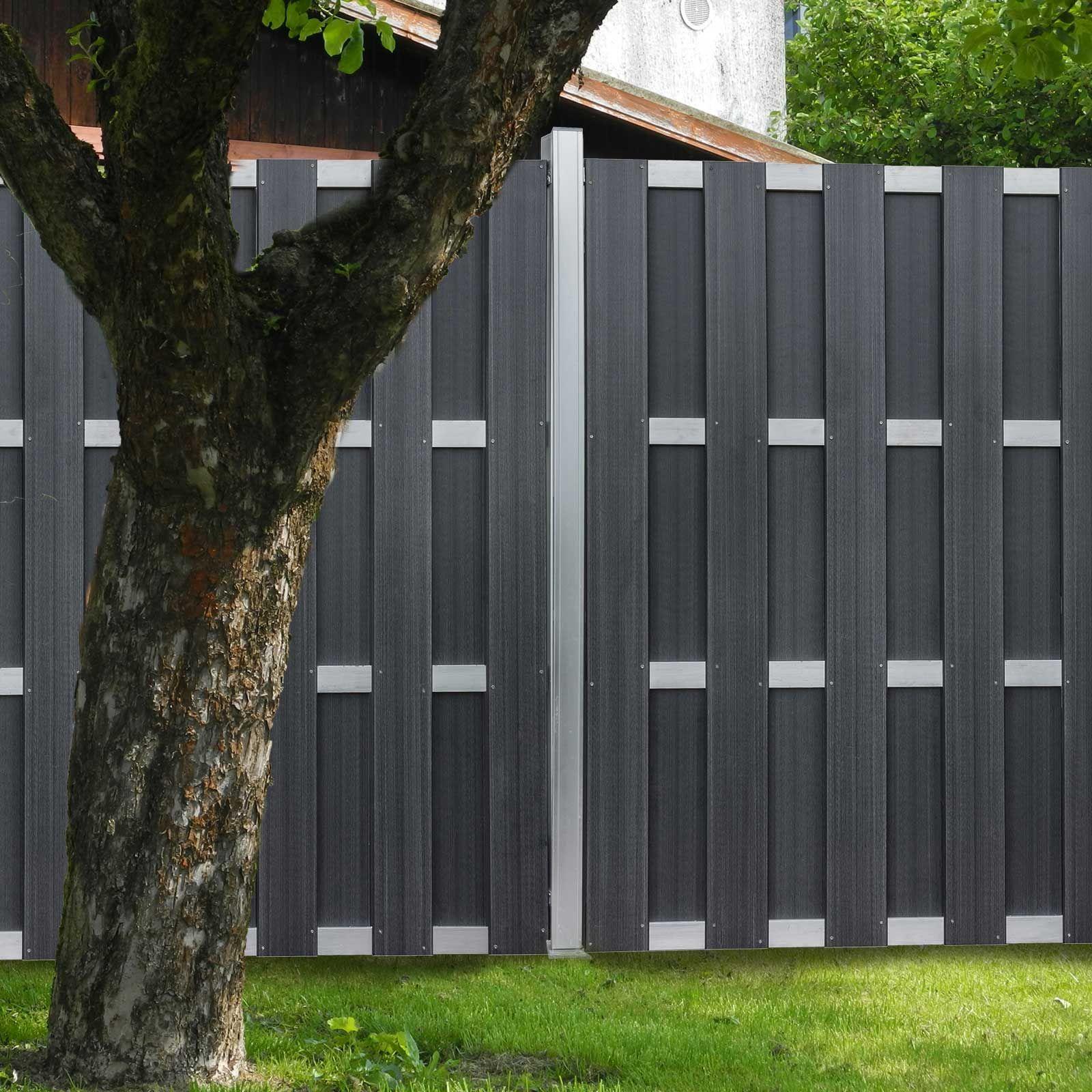 Ein eleganter Sichtschutzzaun aus Kunststoff Metall Bohlen
