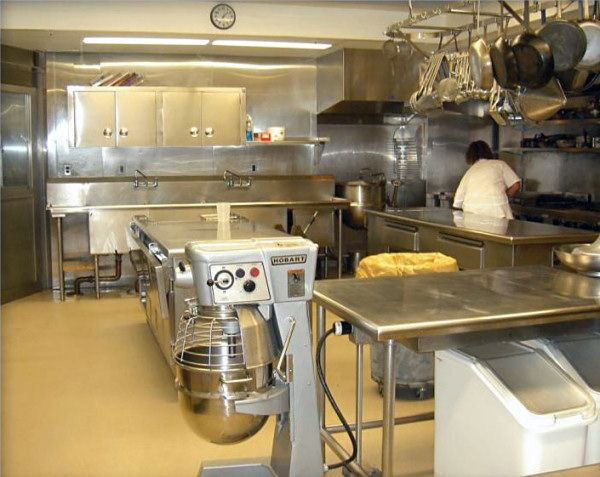 The White House Kitchen Circa 2004 Knew One Of The White House Chef S That Gave Me A Personal Tour Pinch Me I Dro Home Kitchens Kitchen Home Room Design