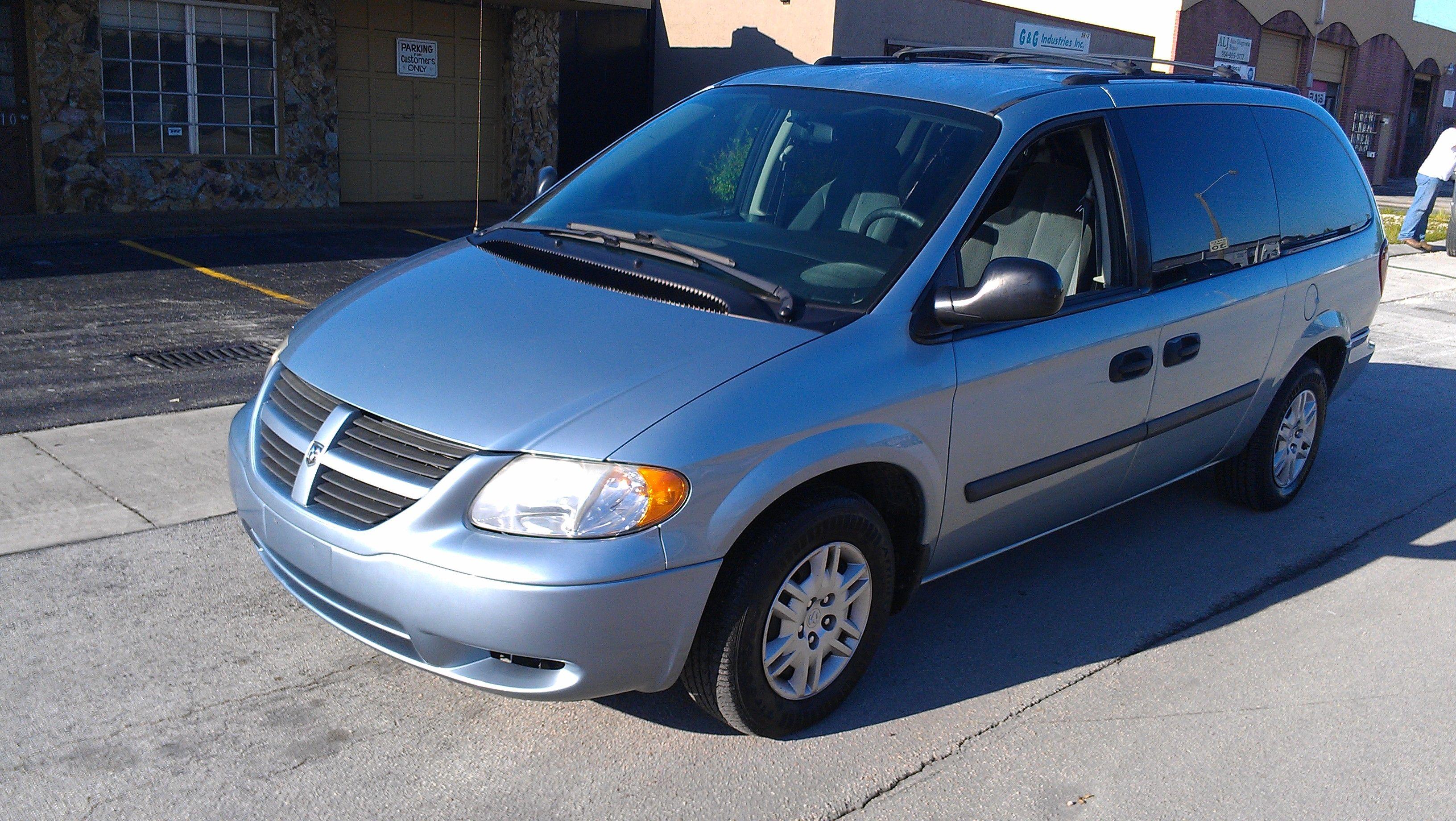 2005 Dodge Grand Caravan Minivan 94k Mileage Clean Title Vin