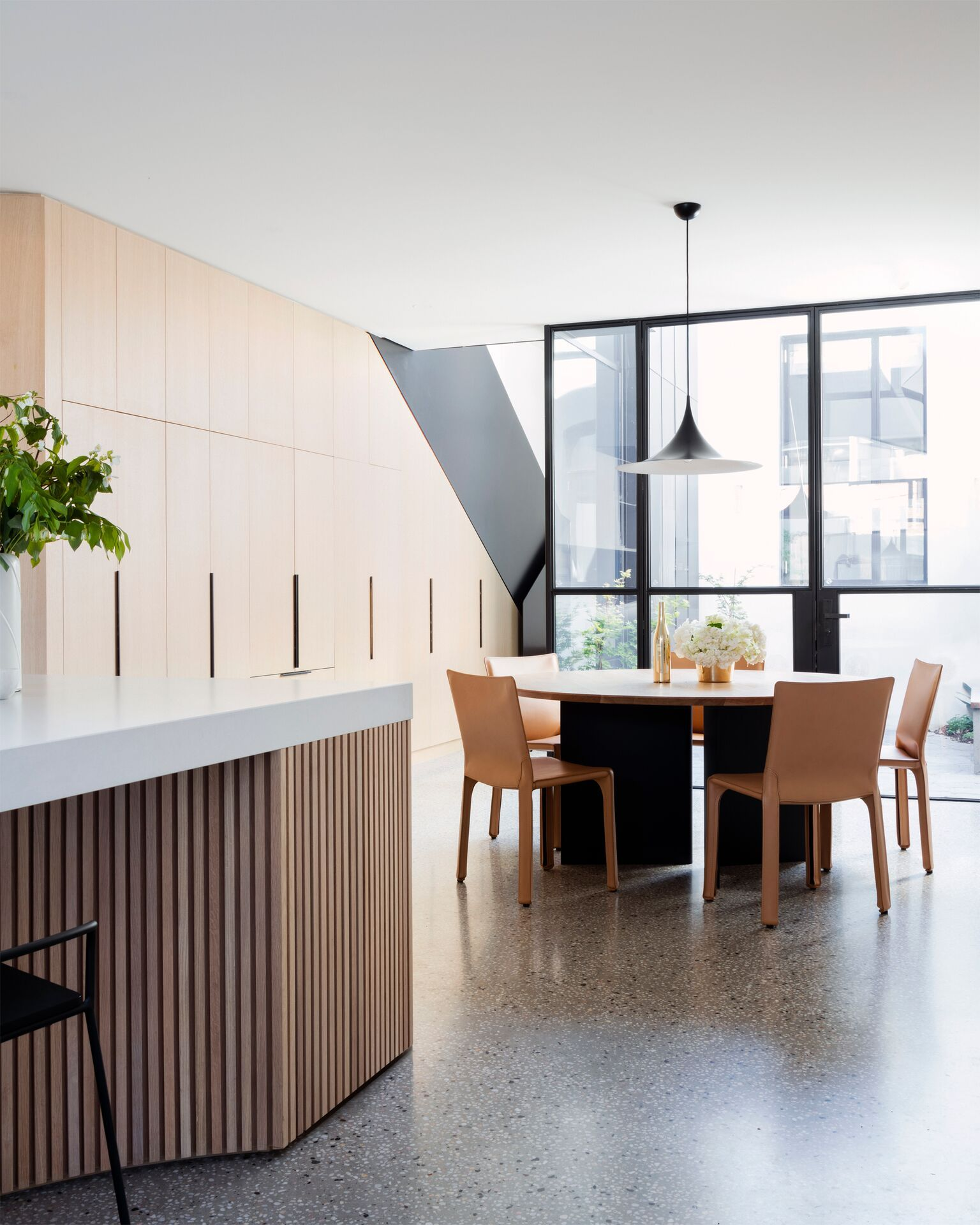 Gallery of Port Melbourne House by Pandolfini Architects & Duo Built ...
