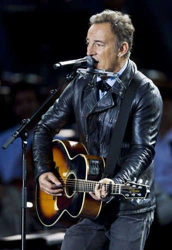 Las 101 mejores canciones de amor.........Bruce Springsteen & The E Street Band: She's The One