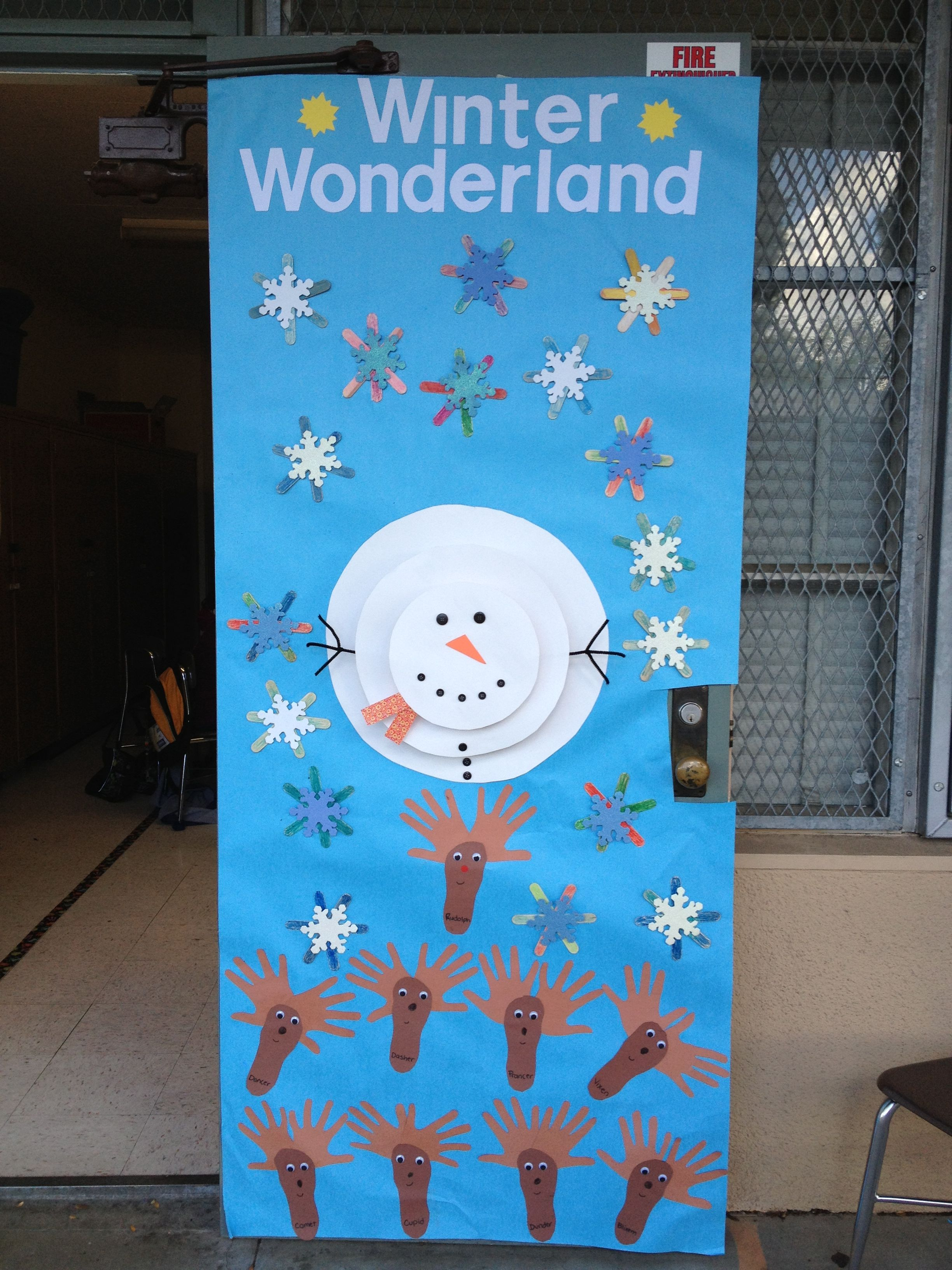 Winter wonderland door decoration