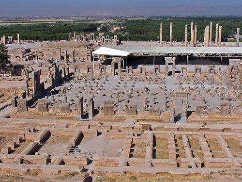 Hall of One Hundred Columns   #Achaemenids