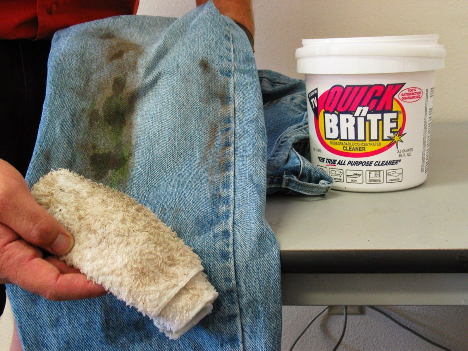 How to remove grease stains in denim jeans grass stain