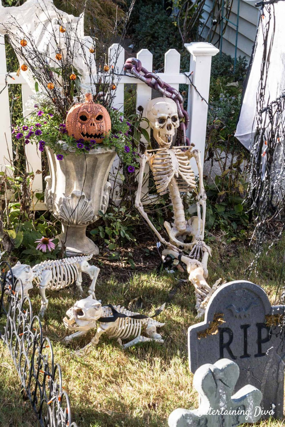 DIY Halloween Graveyard Ideas How to Make a Halloween