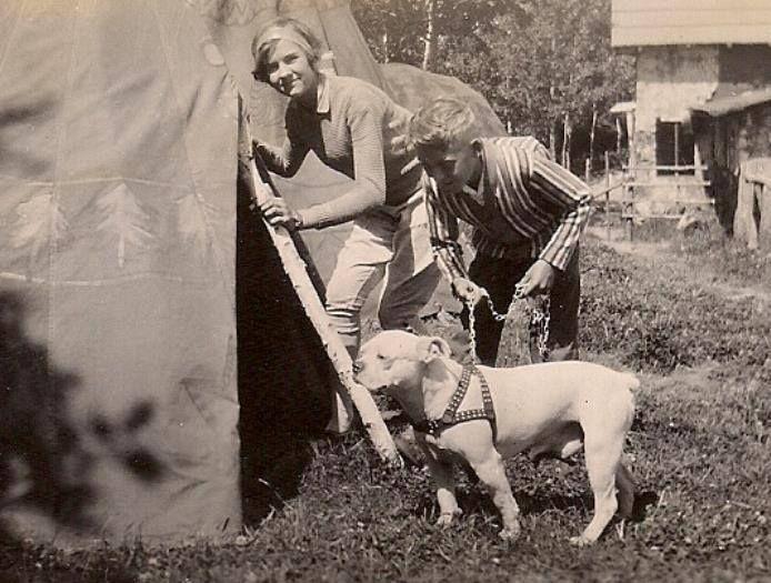 1920 colección C.H.